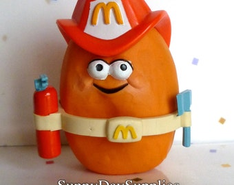 Vintage McDonald's McNugget Buddies, Happy Meal, SPARKY McNugget, Fireman, Fire fighter, Chicken McNugget, 1988, Minature Food Toy
