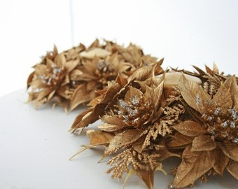 Mid Century Retro Gold Plastic Candle Holder Wreaths