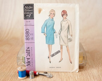 Size 12, Slim fitting dress, raglan sleeves, rolled bias collar, McCall's (8580), Vintage 1960s Sewing Pattern