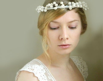 SALE - Winter Starlette Crown 'Frida' - White Pearl Hair Vine - Woodland Weddings