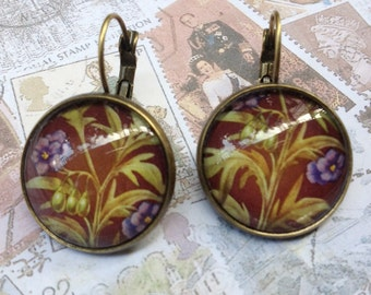 Kangaroo Apple One of a Kind Glass Dome Earrings Handmade with Real Vintage Postage Stamps, 20mm, 20-000013RF
