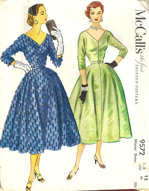 McCalls Dress Pattern 9572 Vintage size 12 FREE SHIPPING