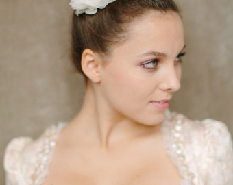"Wedding Hair Flower, Bridal silk hair flower, Oktoberfest - ""Fee"""