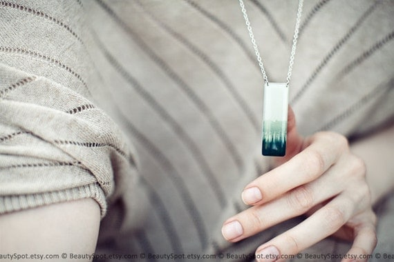 Ombre jewelry - Ancient Forest green necklace - Natural history jewelry (N079)