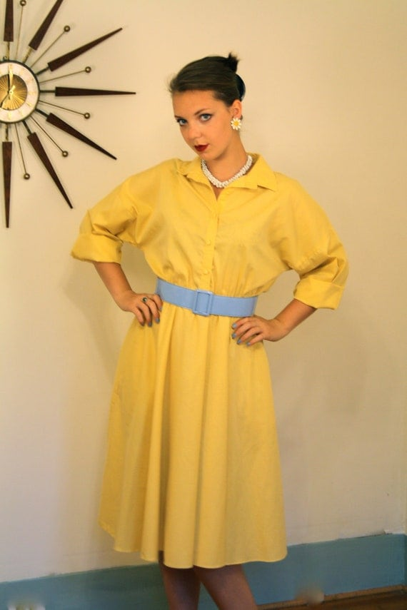 SALE - Vintage 80s does 50s Cotton Shirt Dress Retro Harvest Gold Button Down Mid Sleeve Full Sweep Boxy Cut Mad Mustard Yellow Plus Size