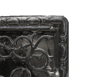 Victorian Ornate Vintage Cast Iron Heat Vent Grate. Antique Architectural Salvage Wall Register. Front grate w back open-close Vent