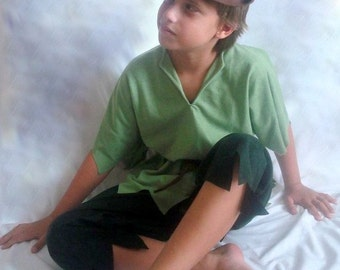 Peter pan or Robin hood  Children s Costume  Halloween size 8-10