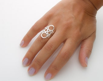 Sterling Silver Circles Ring, Silver Bubble Ring, Hammered Circles Jewelry, Geometric Ring