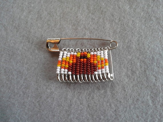 thanksgiving turkey beaded safety pin