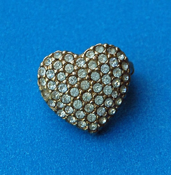 "ReducedVintage Pave RHINESTONE PIN HEART Adorable Shape 5/8"" x 5/8"" Good Vintage Condition Perfect Lapel r Collar Pin For Valentine's Day!"