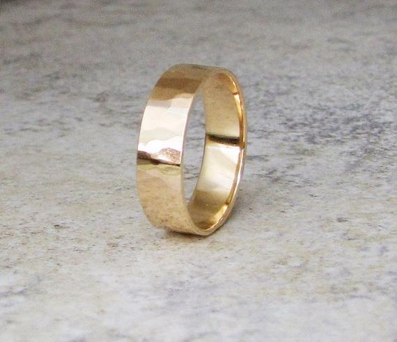 gold wedding band mens wedding ring hammered gold ring 14k