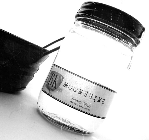 MOONSHINE Body Wash Bubble Bath ... Black Kettle