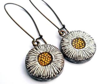Rustic Daisy Dangle Earrings, Daisy Earrings, Botanical Jewelry, White and Yellow Flower Earrings, Daisy Earrings, Antiqued Brass,
