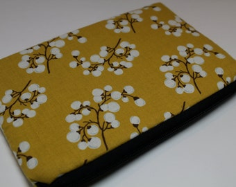 Water Resistant Apple iPad Mini // Kindle Fire // Kindle Keyboard // Google Tablet Nexus 7 Case Sleeve Cover - Padded - Handmade