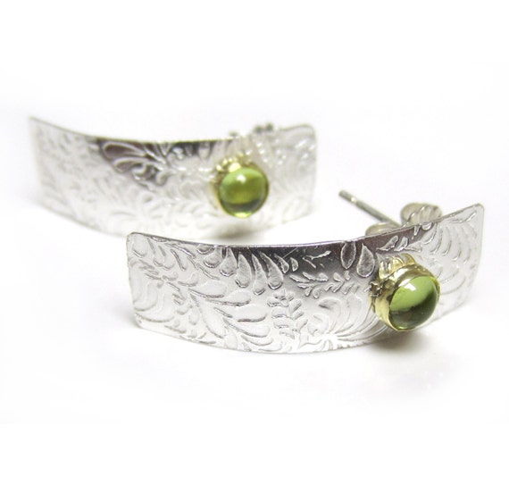Green peridot sterling silver ear studs