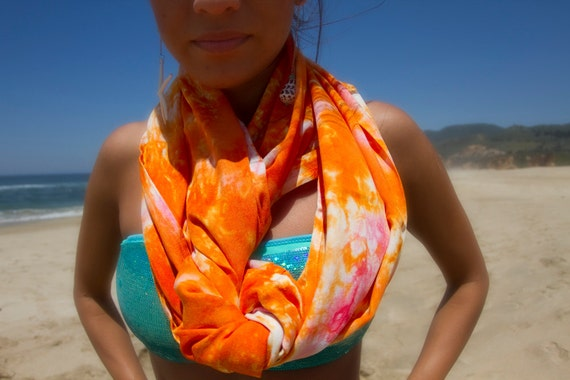 BALI CIRCLE SCARF in Tangerine and Bubble Gum Pink