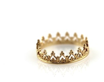 Crown ring - solid 14K yellow gold ring