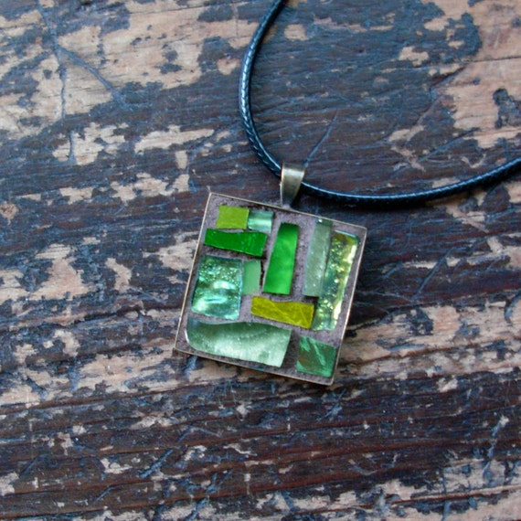 August Peridot Green Mosaic Pendant