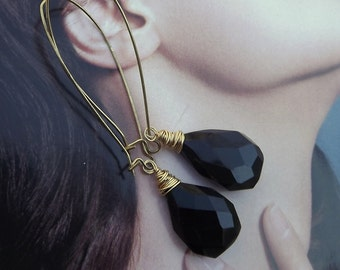 Black Chalcedony Faceted Briolette fashion earrings long kindey earwire unique handmade