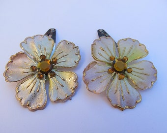 Light Brown Flower Barrettes, Brown Barrettes, Flower Snap Barrettes