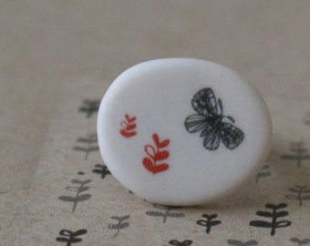 Porcelain ring - butterfly and seedlings