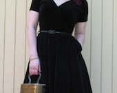 50s party dress deigned by Anne Fogarty// Black Velveteen// Mad Men// Small