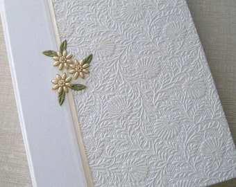 Wedding Photo Album, White Floral with Ivory Handstitched Beaded Daisies, 9x12