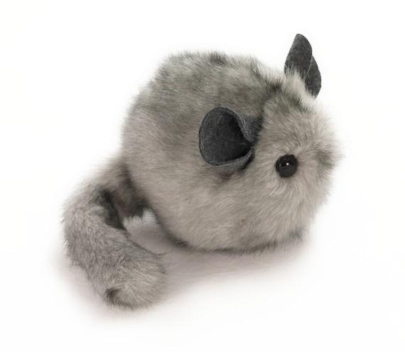 Light grey chinchilla stuffed animal plush toy 4x5 inches small size