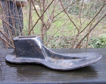 Vintage Shoe Last/ Shoe Form - Cast Iron Shoe Last - Paperweight Desk Decor