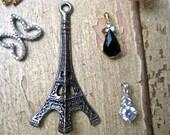 Large Vintage Eiffel Tower huge  charm drop pendant   silver  3D  quantity 1 pieces  ZZ1  French, France
