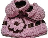 Kids hats and booties, Baby hat booties set, crocheted hat and booties, pink and brown hat and booties gift set, Pink and brown hat
