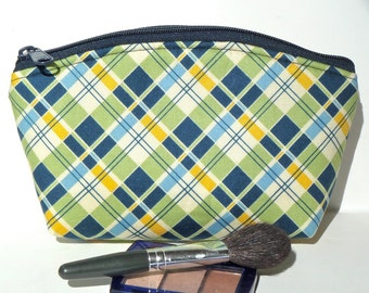 Sale - Makeup Bag - Zippered Pouch - Padded - Flat Bottom - Round Top - Summer - Plaid - Ready to Ship