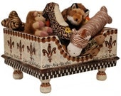 Versailles Pet Toy Box