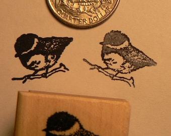 P24  Chickadee bird rubber stamp miniature