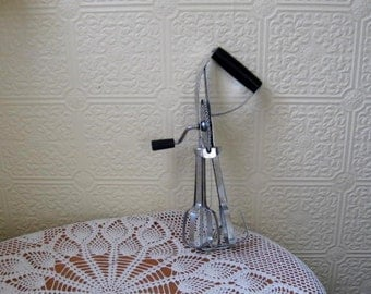 Vintage Hand Held Rotary Egg Beater - Mixer
