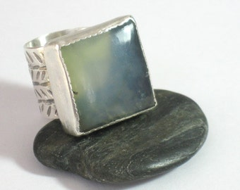 Statement Silver Ring, Moss Agate Ring, Chunky Sterling Ring, Green Stone Ring,Hammered Silver Ring, Square Ring, Novelty Ring, Unique Ring