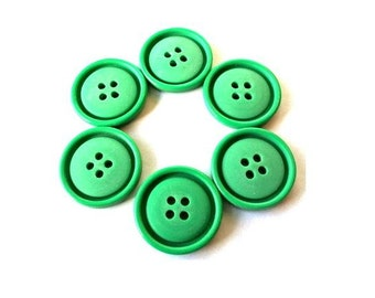 6 Vintage buttons, Unique beautiful shade of green 23mm