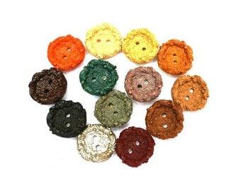 13 Antique vintage buttons, 13 colors 16mm