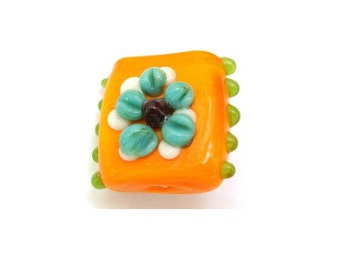 2 Glass beads lapmwork square shape yellow to orange with blue flower and green dots