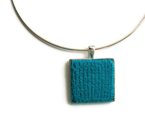 Knit Jewelry, Cute Choker, Neck Wire Choker, Minimalist Jewelry, Teal Blue Wool, Square Pendant, Geometrical Jewelry, Textile Jewelry