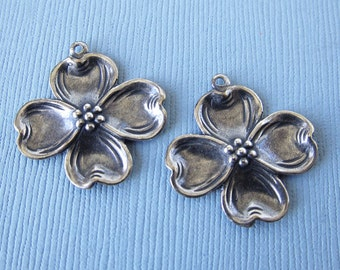 NEW 2 Silver Flower Charms 3040