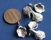 10 pcs of antique silver bell flower pendant drop 18x11mm