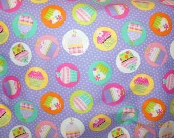 SALE      --------   Cupcake Happy Birthday print pillowcase