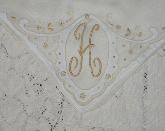 Vintage initial H Hanky Hankie Handkerchief with Hand Embroidery