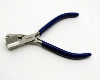 Mini V-Making Pliers by Bead Smart