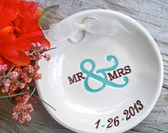 Mr & Mrs Ring Bearer Bowl, Ring Pillow Alternative, Wedding Ring Holder, Ring Pillow, Ring Bowl, Ring Dish, Wedding Ring Dish, Ring Warming