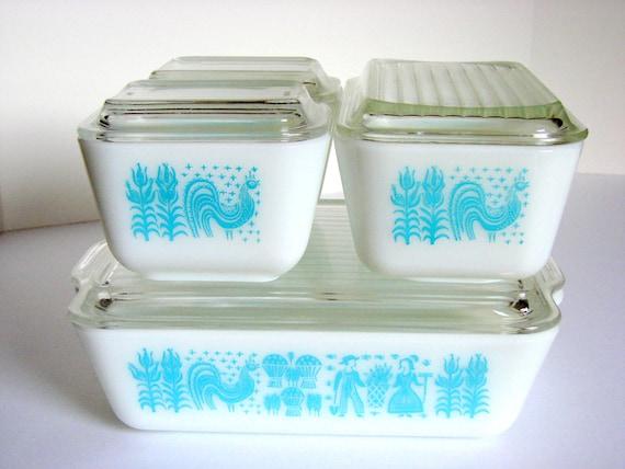 Vintage Pyrex Butterprint Refrigerator Dish Set