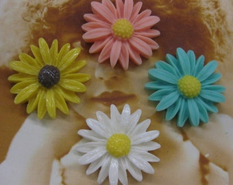 Assortment of Daisy Flower Resin Large 27mm Cabochons 2223FLW x4