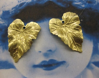 Natural Raw Brass  Ivy Leaf Stamping Charms 2244RAW x2