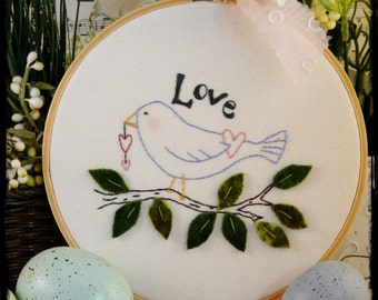 Love Bird embroidery PDF Pattern -  wool primitive stitchery hoop art fabric tree leaves heart spring